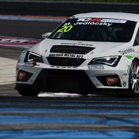 Fapapucsban padlógáz - JLG Motorsport
