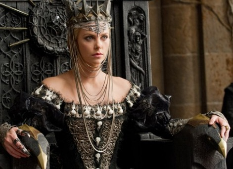 Charlize-Theron-Snow-White.jpg