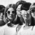Szemünk trendi védelmezője, a napszemüveg