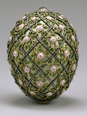 house_of_faberge_rose_trellis_egg_1907.jpg