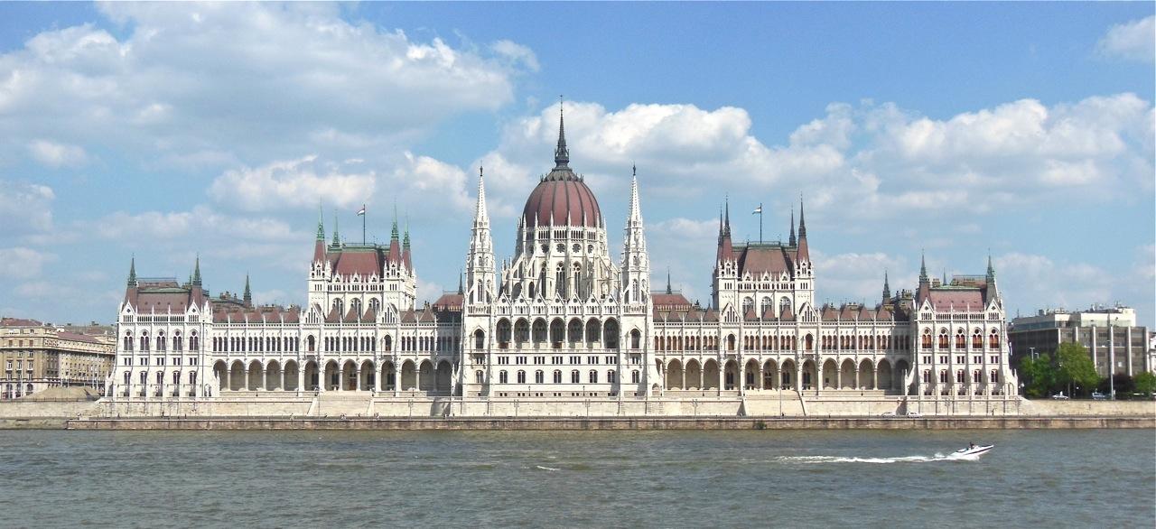Titkos alagutak a Parlament alatt - Valóban létezik? Mire használták?