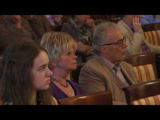 Lovász László: Gráfok és hálózatok (video)