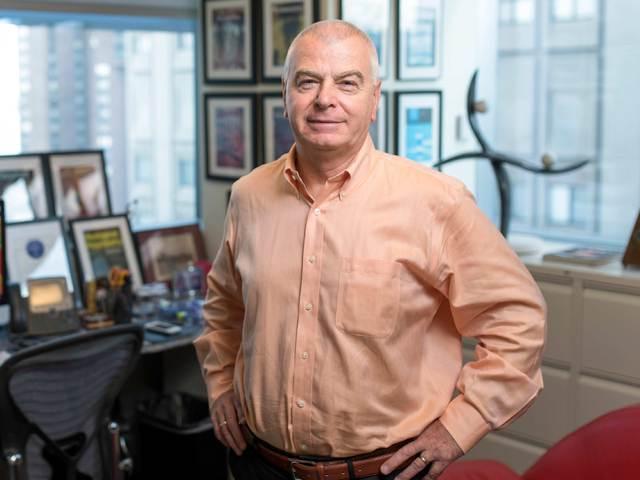 Buzsáki György nemzetközi hírű agykutatót avatták díszdoktorrá Pécsett