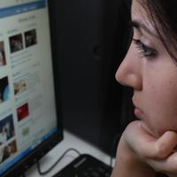 A Facebook teszi boldogtalanná az életed