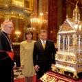 Az oltár és trón szent(ségtelen) szövetsége?