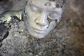 face-839852_180.jpg