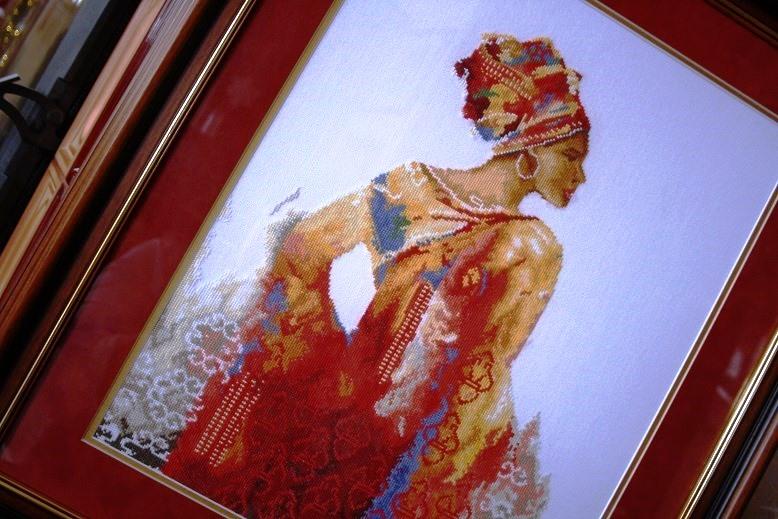 Ashanti Woman - Lanarte
