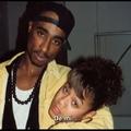 Willow Smith levele Tupacnak