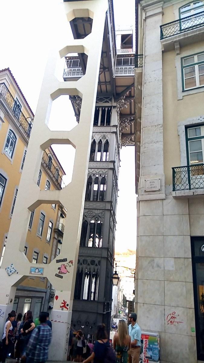Eiffel keze Lisszabonba is elért