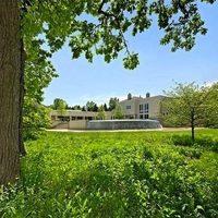 A 13 legnagyobb eladó ház az USA-ban. Háromezer négyzetméterrel még csak a lista végére kerülhet fel egy kecó