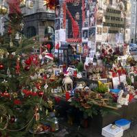 Orlando vs. Jacko. A nagy müncheni zeneszerző szobra Michael Jackson emlékhellyé alakult. Mit szólnának ehhez Budapesten?