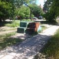 Egy közlekedésfejlesztési kudarc: ki nem találnátok, mik ezek a rothadó zöld dobozok