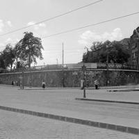 Ilyen volt a Déli pályaudvar amikor a Vérmező szinte mező volt: egyszerű épület,