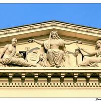Gyanús dolgok a Nemzeti Múzeum körül?