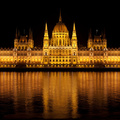 Ilyen lesz az Országház új díszkivilágítása