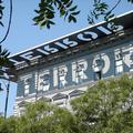 A Terror Háza tetőbetűi a világ legjobb épületfeliratai között