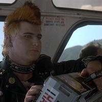 A Hazatérés buszos punkja visszatér... a Pókemberben!