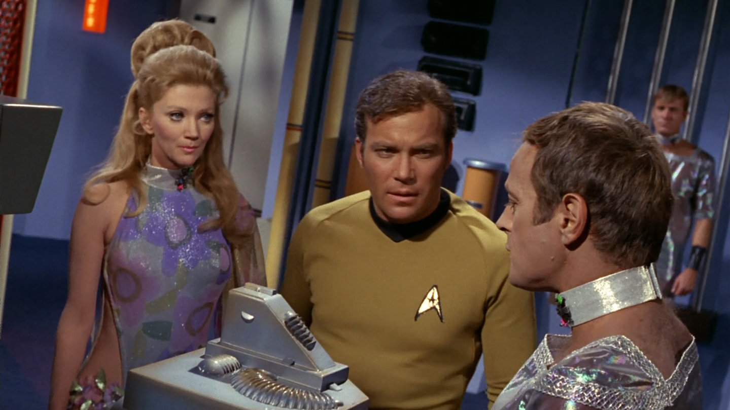 star_trek_the_original_series_s03e11_original_1080p_bluray_x264-mars_mkv_snapshot_22_21_660.png