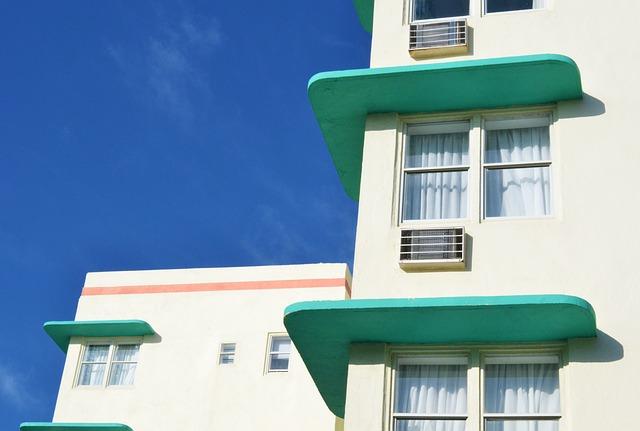 miami-beach-441796_640.jpg