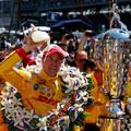 Amerikai győzelem az Indy 500 drámai végjátékában