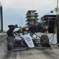 Az újoncok sikerrel vették az Indy 500 első akadályát