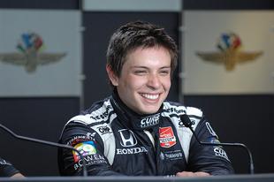 Gabby Chaves-t egy hírhedt szakember által tervezett új csapat juttathatja el a 101. Indy 500-ig