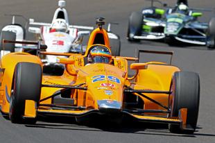 Indy 500 – 2. nap: Alonso végre forgalomban, a Penske-sek szerint trükközik a Honda