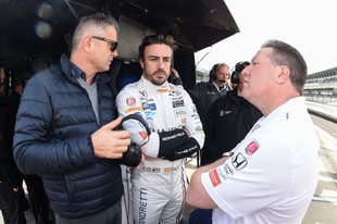 Honda vagy Chevy? - A McLaren egyelőre mindenre nyitott az IndyCar kapcsán
