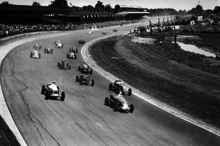 EZY: Amikor az Indianapolis 500-on megszületett a Multi 21 ősapja