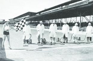 Amikor felporszívózták az Indianapolis Motor Speedway-t