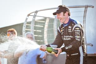 Kettős Penske győzelmet hozott az IndyCar elképesztő lexingtoni futama