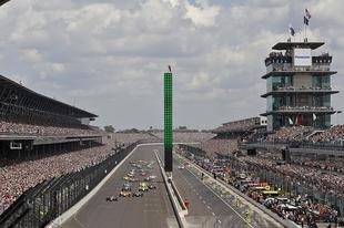 """""""Az Indy 500-on versenyezni olyan, mintha piranhák marcangolnának"""" - Egy versenyző vallomása"""