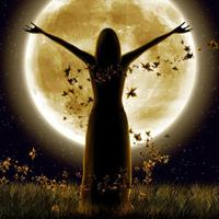 A jóga gyakorlása Telihold idején -Lélegzünk, elengedünk, sírunk, nevetünk…