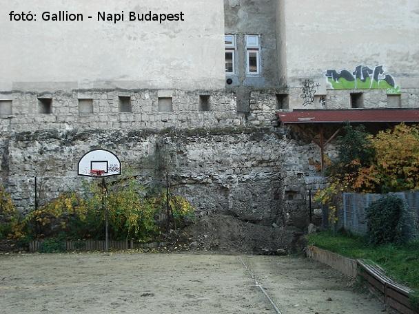05_varosfal_napi_budapest.jpg