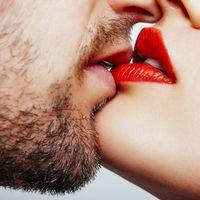 Csúnya betegségeket kaphatunk el csókolózás közben