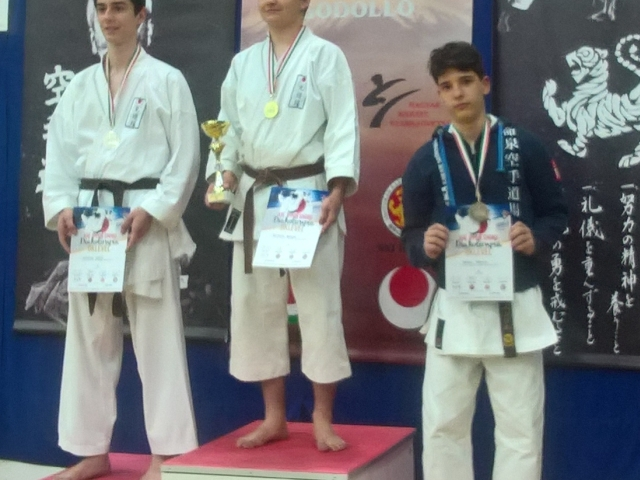 Karate siker a diákolimpián
