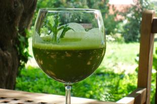 Hűsítő italok, zöldséglevek