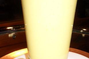 Mangó lassi  - édes joghurtos ital