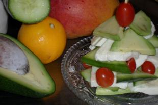 Karácsonyi avokádó saláta