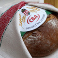 Csak kenyér meg pálinka legyen!
