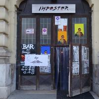 Egy koszos udvarban árulják Budapest egyik legjobb pizzáját, csak ma!