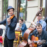 Tavasz a Bartókon - Ez a budai Montmartre?
