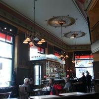 Olcsó ebéd menő helyen: Centrál