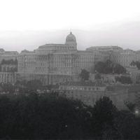 Budapest egy szemétdomb! Budapest a mennyország!