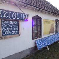 Egy hely, amire nem számítasz egy vidéki körforgalom mellett - Igaziolíva