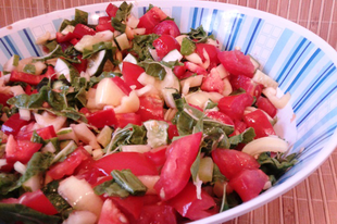 Mángoldos saláta