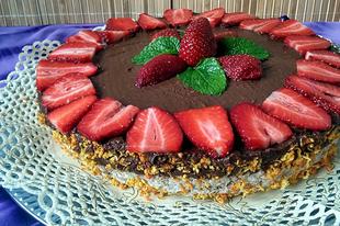 Csokis-epres torta (cukormentes, nyers)