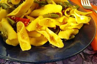 Zöldséges, szezámos tészta