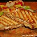 Háromsajtos panini