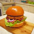 Hótegyszerű csicseriborsó- és kukoricaburger